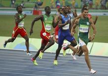 2016 Rio Olympics - Athletics - Final - Men's 400m Final - Olympic Stadium - Rio de Janeiro, Brazil - 14/08/2016. Wayde van Niekerk (RSA) of South Africa competes in the men's 400m final.     REUTERS/Murad Sezer