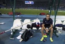 2016 Rio Olympics - Athletics - Final - Men's Pole Vault Final - Olympic Stadium - Rio de Janeiro, Brazil - 15/08/2016. Renaud Lavillenie (FRA) of France reacts.         REUTERS/Phil Noble  FOR EDITORIAL USE ONLY. NOT FOR SALE FOR MARKETING OR ADVERTISING CAMPAIGNS.