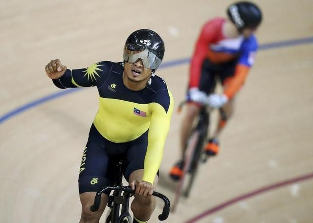 Cycling: Britain's Kenny wins keirin gold to take haul to