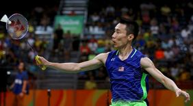 2016 Rio Olympics - Badminton - Men's Singles - Semifinals - Riocentro - Pavilion 4 - Rio de Janeiro, Brazil - 19/08/2016. Chong Wei Lee (MAS) of Malaysia plays against Lin Dan (CHN) of China.  REUTERS/Marcelo del Pozo