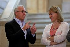 Olympique de Marseille's majority owner, billionaire businesswoman Margarita Louis-Dreyfus (R) and Frank McCourt, former owner of the Los Angeles Dodgers baseball team, attend a news conference at Marseille city hall to announce McCourt had entered exclusive negotiations to buy the Club, France, August 29, 2016.  REUTERS/Philippe Laurenson