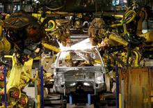 L'activité dans le secteur manufacturier a connu un sixième mois consécutif de contraction en France en août, pénalisé notamment par l'accélération du recul des nouvelles commandes. /Photo d'archives/REUTERS/Gonzalo Fuentes