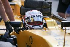 Belgium Formula One - F1 - Belgian Grand Prix 2016 - Francorchamps, Belgium - 28/8/16 - Renault's Kevin Magnussen of Denmark during the Belgian F1 Grand Prix.  REUTERS/Olivier Matthys/Pool