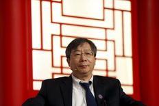 El vicegobernador del Banco Popular de China, Yi Gang, durante una conferencia en Pudong, Shanghái, China. 25 de febrero de 2016. Yi Gang, vicegobernador del Banco Popular de China, dijo el viernes que su país necesita estabilizar el ratio de endeudamiento de la economía, aunque destacó que el uso de capital de deuda aumentaría en el corto plazo.  REUTERS/Aly Song