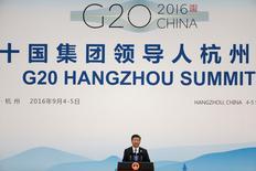Les chefs d'Etat et de gouvernement du G20 se disent déterminés à utiliser tous les instruments pour renforcer la croissance économique. Ils s'engagent dans le même temps à refuser les mesures protectionnistes et à promouvoir le commerce et l'investissement mondiaux, notamment en renforçant le système commercial multilatéral. /Photo prise le 5 septembre 2016/REUTERS/Damir Sagolj