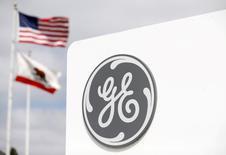 General Electric a annoncé mardi son intention de racheter pour 1,4 milliard de dollars deux spécialistes de l'impression 3D pour l'industrie aéronautique, l'allemand SLM Solutions et le suédois Arcam. /Photo d'archives/REUTERS/Mike Blake