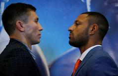 Britain Boxing - Gennady Golovkin & Kell Brook Head-to-Head Press Conference - Canary Riverside Plaza Hotel, London - 8/9/16 Gennady Golovkin and Kell Brook pose after the press conference Action Images via Reuters / Andrew Couldridge Livepic