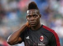 Balotelli em jogo da Juventus e Milan, em  Roma  21/05/16   REUTERS/Alessandro Bianchi