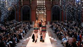 Models present creations in tribute to late designer Sonia Rykiel as part of the Spring/Summer 2017 women's ready-to-wear collection by Julie de Libran for fashion house Sonia Rykiel during Fashion Week in Paris, France, October 3, 2016.  REUTERS/Charles Platiau