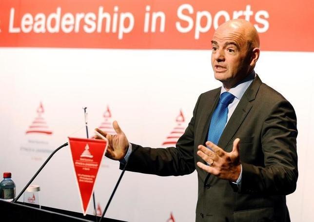10月3日、FIFAのジャンニ・インファンティノ会長は、W杯本大会の出場枠を現行の32から48に拡大することを提案した。チューリヒで9月撮影(2016年 ロイター/Ruben Sprich)