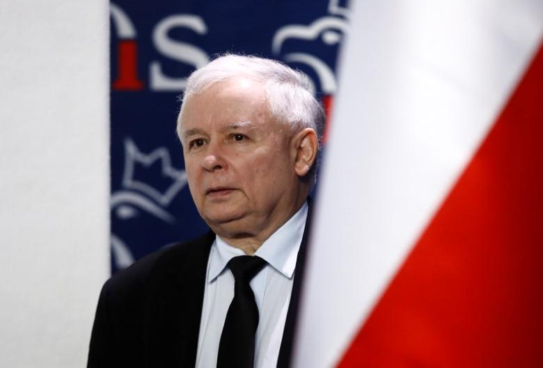 Jaroslaw Kaczynski, leader of ruling party Law and Justice  attends a news conference about Brexit in party headquarters in Warsaw, Poland, June 24, 2016. REUTERS/Kacper Pempel/File Photo