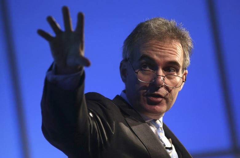 Deputy Governor of the Bank of England Ben Broadbent gestures as he speaks at a Reuters Newsmaker event at Canary Wharf in London, Britain November 18, 2015. REUTERS/Neil Hall/Files