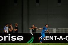 Giuliano comemora gol do Zenit São Petersburgo pela Liga Europa.   15/09/2016        REUTERS/Baz Ratner