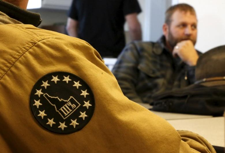 A member of the Pacific Patriot Network wears a patch of the Idaho Three Percent during a meeting with Ammon Bundy at the Malheur National Wildlife Refuge near Burns, Oregon, January 8, 2016. REUTERS/Jim Urquhart