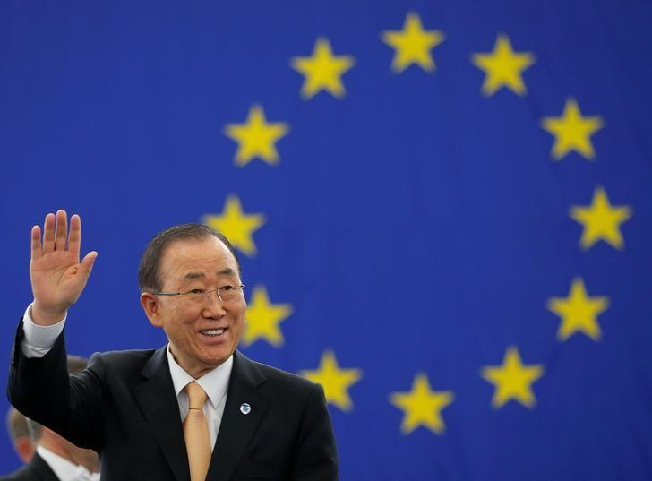 U.N. Secretary General Ban Ki-moon waves as he arrives to deliver a speech during a voting session on the Paris U.N. COP 21 Climate Change agreement at the European Parliament in Strasbourg, October 4, 2016. REUTERS/Vincent Kessler