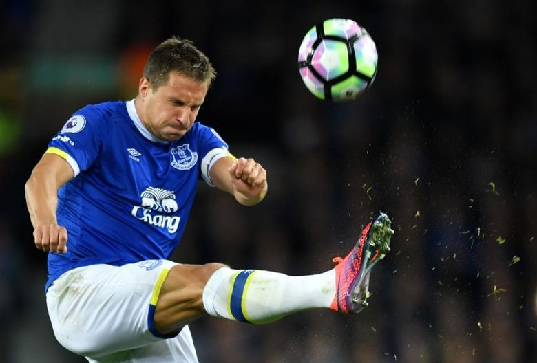 Britain Football Soccer - Everton v Crystal Palace - Premier League - Goodison Park - 30/9/16Everton's Phil Jagielka in actionReuters / Anthony Devlin