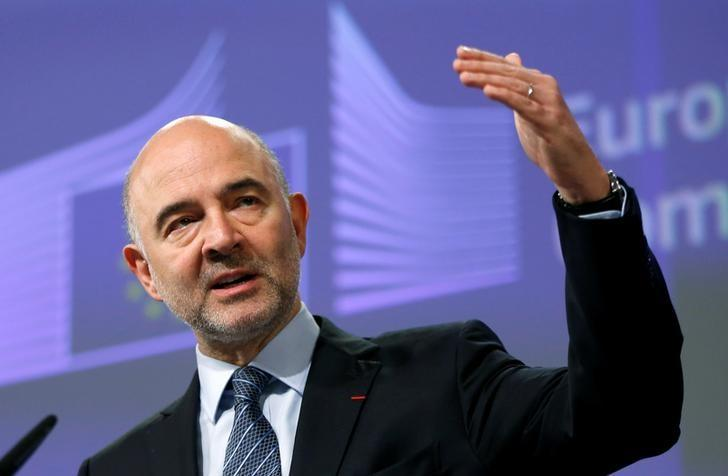 European Economic and Financial Affairs Commissioner Pierre Moscovici addresses a news conference at the EU Commission headquarters in Brussels, Belgium, July 27, 2016. REUTERS/Francois Lenoir