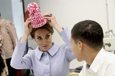 Britain's Catherine, Duchess of Cambridge meets pupils in a woollen class at Bouwkeet workshop project for teenagers, in Rotterdam Netherlands October 11, 2016. REUTERS/Chris Jackson/Pool