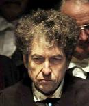 Bob Dylan durante evento na Universidade St Andrews, na Escócia  23/6/2004 REUTERS/David Cheskin