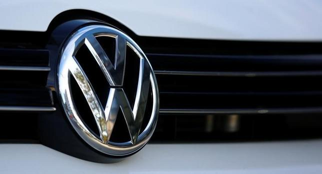 The logo of German car maker Volkswagen is seen on a car outside a garage in Vienna, Austria, September 29, 2016.   REUTERS/Leonhard Foeger
