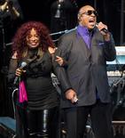 Chaka Khan e Stevie Wonder durante show em homenagem a Prince em St. Paul, EUA.       13/10/2016           REUTERS/Craig Lassig