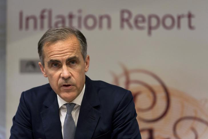 2016年8月4日,英国央行总裁卡尼在央行新闻发布会上。REUTERS/Justin Tallis