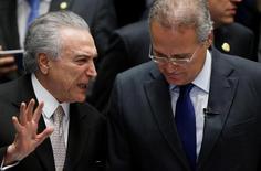 Presidente Michel Temer e presidente do Senado, Renan Calheiros, conversam no Senado, em Brasília 31/08/2016 REUTERS/Ueslei Marcelino