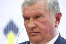 Head of Russian state oil firm Rosneft Igor Sechin attends a session of the St. Petersburg International Economic Forum 2016 (SPIEF 2016) in St. Petersburg, Russia, June 16, 2016. REUTERS/Sergei Karpukhin