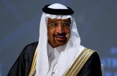 Министр энергетики Саудовской Аравии Халид аль-Фалих на Всемирном энергетическом конгрессе в Стамбуле 10 октября 2016 года. Министр энергетики Саудовской Аравии Халид аль-Фалих отправится на этой неделе в столицу Катара Доху, где встретится с представителями других нефтедобывающих стран на полях энергетического форума, сказали три осведомлённых источника. REUTERS/Murad Sezer/File Photo