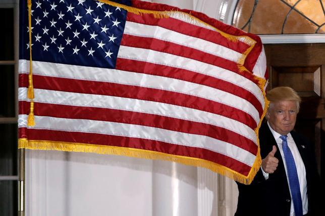11月25日、トランプ次期米大統領は、国家安全保障問題担当の大統領副補佐官にキャスリーン・マクファーランド氏を指名した。 写真はトランプ氏、20日に撮影。(2016年 ロイター/Mike Segar)