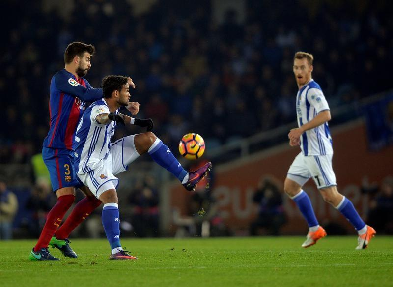 Pique fiercely critical of Barca after draw at Real Sociedad  e8af9c91ea408