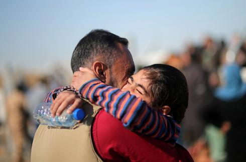 Tearful reunions after escaping Islamic State