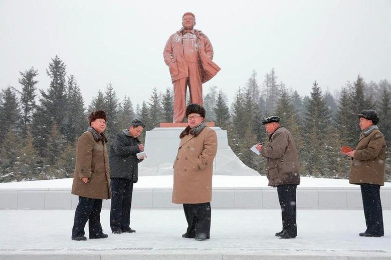 North Korean leader Kim Jong Un gives field guidance during his visit to Samjiyon County in this undated photo released by North Korea's Korean Central News Agency (KCNA) in Pyongyang November 28, 2016. REUTERS/KCNA   ATTENTION EDITORS - THIS IMAGE WAS PROVIDED BY A THIRD PARTY. EDITORIAL USE ONLY. REUTERS IS UNABLE TO INDEPENDENTLY VERIFY THIS IMAGE. NO THIRD PARTY SALES. NOT FOR USE BY REUTERS THIRD PARTY DISTRIBUTORS. SOUTH KOREA OUT. NO COMMERCIAL OR EDITORIAL SALES IN SOUTH KOREA.