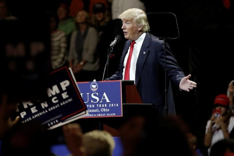 U.S. President-elect Donald Trump speaks at a USA Thank You Tour event at U.S. Bank Arena in Cincinnati, Ohio, U.S., December 1, 2016.  REUTERS/Mike Segar