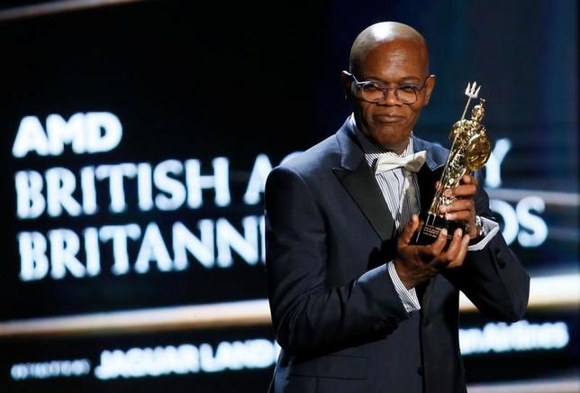 Actor Samuel L. Jackson accepts the Albert R. Broccoli Britannia Award for Worldwide Contribution to Entertainment at the British Academy of Film and Television Arts (BAFTA) Los Angeles' Britannia Awards in Beverly Hills, California, October 28, 2016. REUTERS/Danny Moloshok