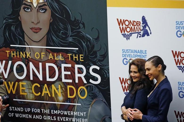 Actors Gal Gadot and Lynda Carter pose for photos during an event to name Wonder Woman UN Honorary Ambassador for the Empowerment of Women and Girls at the United Nations Headquarters in the Manhattan borough of New York, New York, U.S., October 21, 2016.   REUTERS/Carlo Allegri