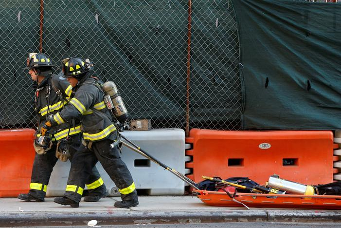 New York firefighters put out blaze at NYU hospital