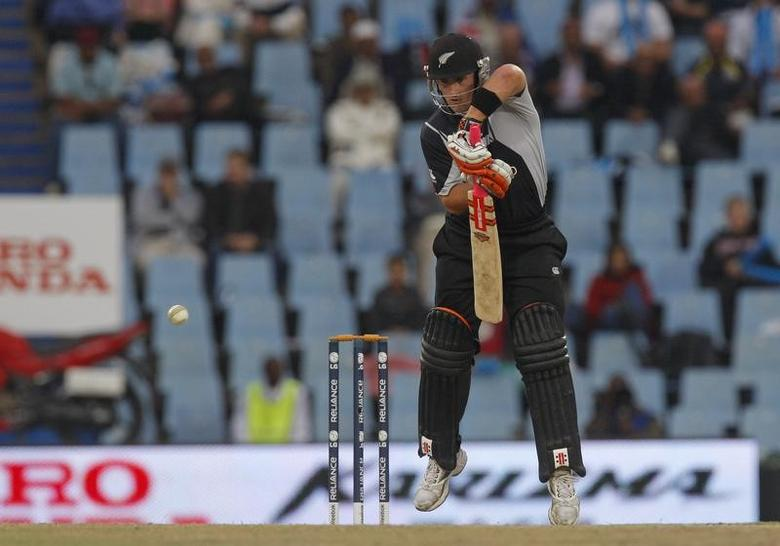 New Zealand's Neil Broom plays a shot during their ICC Champions Trophy cricket final match against Australia in Pretoria, October 5, 2009.  REUTERS/Mike Hutchings