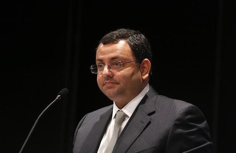 Cyrus Mistry speaks to shareholders during the Tata Consultancy Services (TCS) annual general meeting in Mumbai June 28, 2013. REUTERS/Vivek Prakash