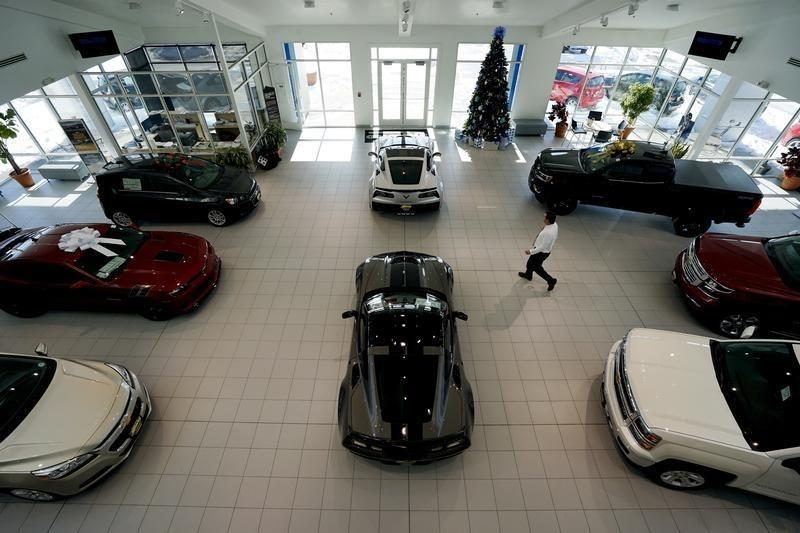 Jd Auto Sales >> U S Auto Sales Dip In December 2016 To Set Record Jd Power And