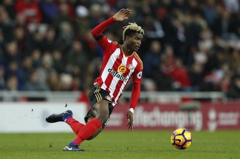 Britain Football Soccer - Sunderland v Leicester City - Premier League - The Stadium of Light - 16/17 - 3/12/16 Sunderland's Didier Ndong  Action Images via Reuters / Lee Smith