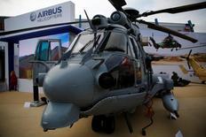 La Serbie a annoncé jeudi une commande de neuf hélicoptères auprès d'Airbus Helicopters dans le cadre d'un vaste plan de modernisation de son matériel militaire comprenant également l'achat d'avions et d'équipements russes. Le montant de la commande et la date de livraison n'ont pas été précisés. /Photo d'archives/REUTERS/Kacper Pempel
