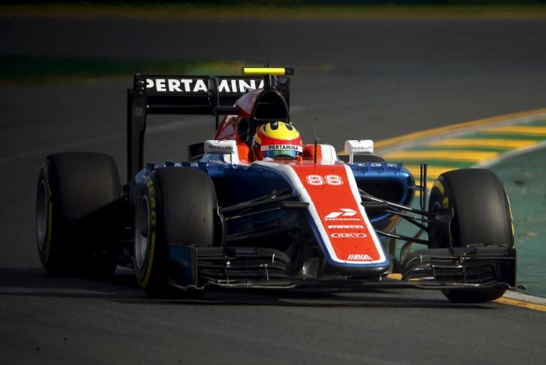 Manor Racing F1 driver Rio Haryanto drives during the Australian Formula One Grand Prix in Melbourne.   REUTERS/Jason Reed