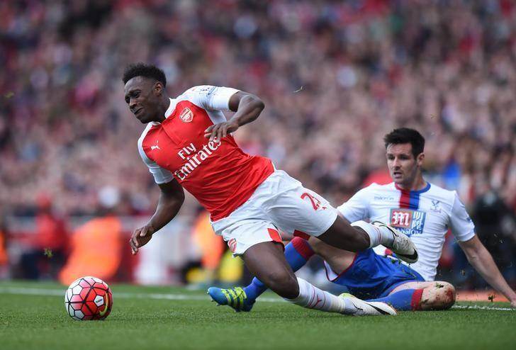 Football Soccer - Arsenal v Crystal Palace - Barclays Premier League - Emirates Stadium - 17/4/16Arsenal's Danny Welbeck is fouled by Crystal Palace's Scott DannAction Images via Reuters / Tony O'BrienLivepic/Files