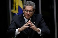 Deputado Rogério Rosso fala durante sessão da Câmara dos Deputados em Brasília, no Brasil 13/07/2016 REUTERS/Ueslei Marcelino