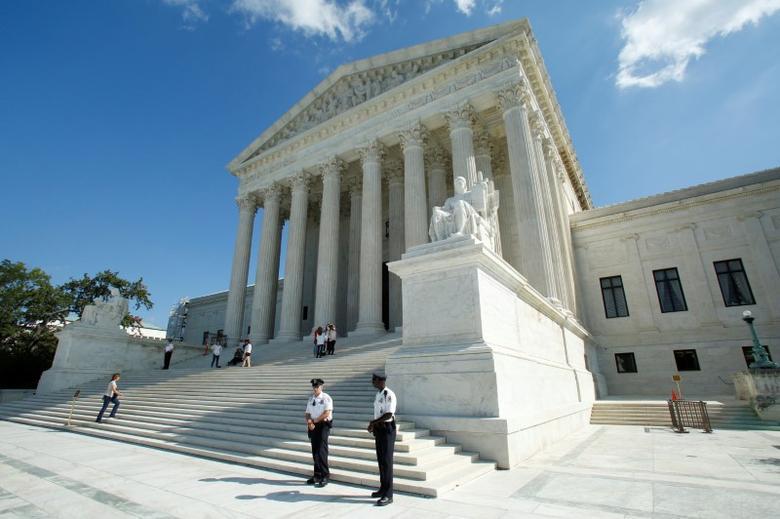 U.S. Supreme Court is seen in Washington, U.S., October 3, 2016.  REUTERS/Yuri Gripas/File Photo