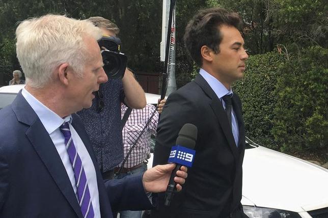 1月10日、オーストラリアの元テニス選手、ニック・リンダール氏(右)が、2013年の八百長行為により7年間の資格停止処分、および罰金35000ドル(約405万)を科された。2016年1月撮影(2017年 ロイター/Matt Siegel)