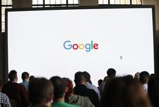 Attendees wait for the program to begin during the presentation of new Google hardware in San Francisco, California, U.S. October 4, 2016.   REUTERS/Beck Diefenbach