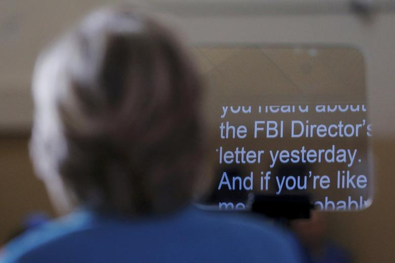 FILE PHOTO  - U.S. Democratic presidential nominee Hillary Clinton speaks about the FBI inquiry into her emails during a campaign rally in Daytona Beach, Florida, U.S. October 29, 2016.  REUTERS/Brian Snyder/File Photo