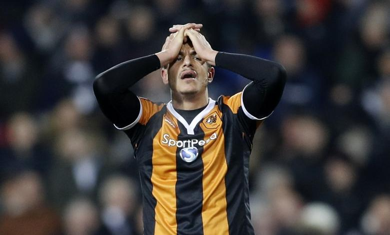 Britain Football Soccer - West Bromwich Albion v Hull City - Premier League - The Hawthorns - 2/1/17 Hull City's Jake Livermore looks dejected  Reuters / Darren Staples Livepic